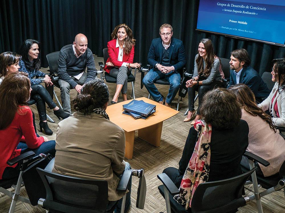 http://www.semiologia.net/Grupos%20de%20Desarrollo%20de%20Conciencia