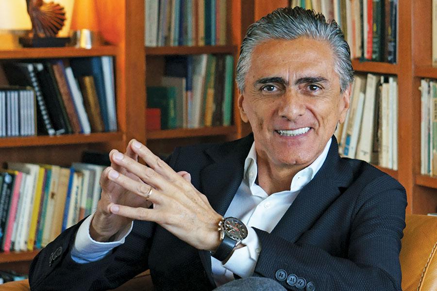 Dr. Alfonso Ruiz Soto