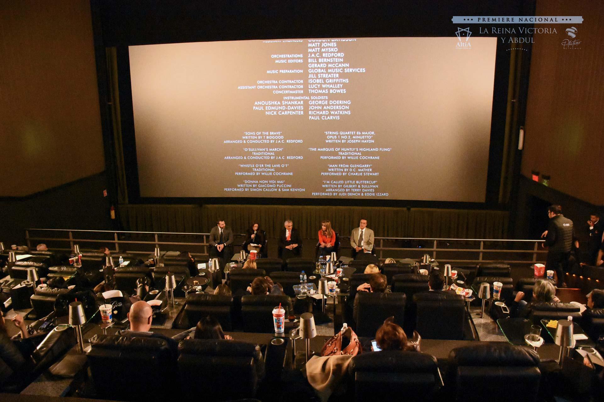 <h3>Grupo Altía I.A.P.<br /><strong>Premiere Nacional «La Reina Victoria y Abdul»</strong><br />Cinemex WTC, CDMX. Octubre 24, 2017.</em></h3>